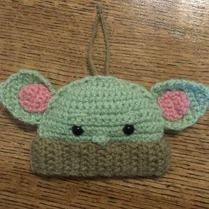 Crochet baby Yoda ornament